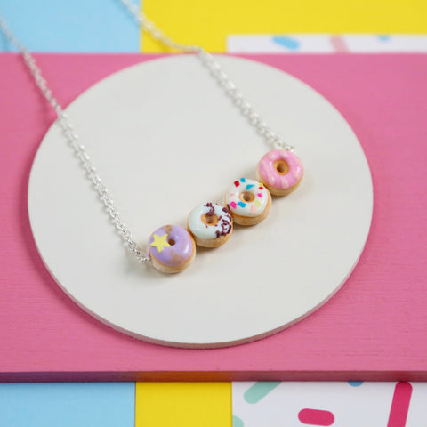 Iced donut necklace (pastel)