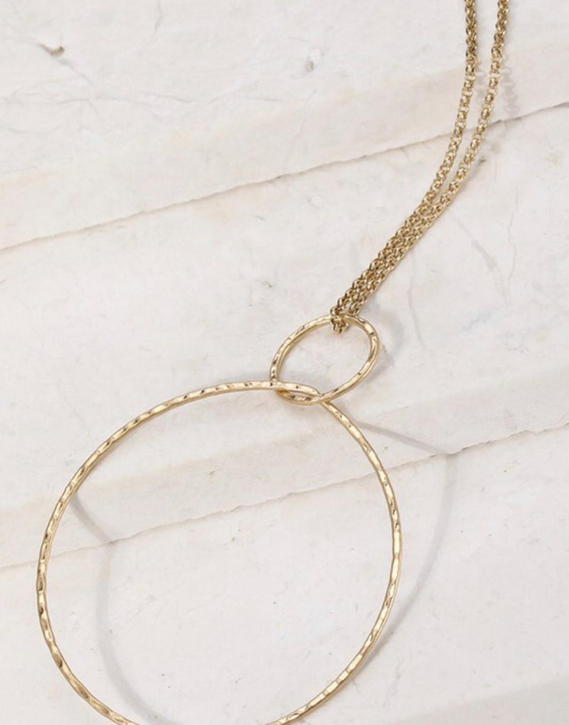 Circle long necklace