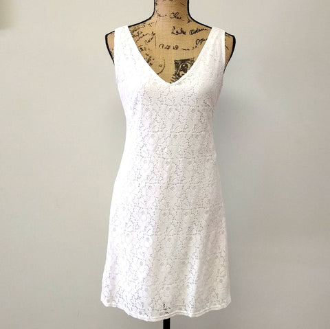 Charmed Lace Sleeveless Dress