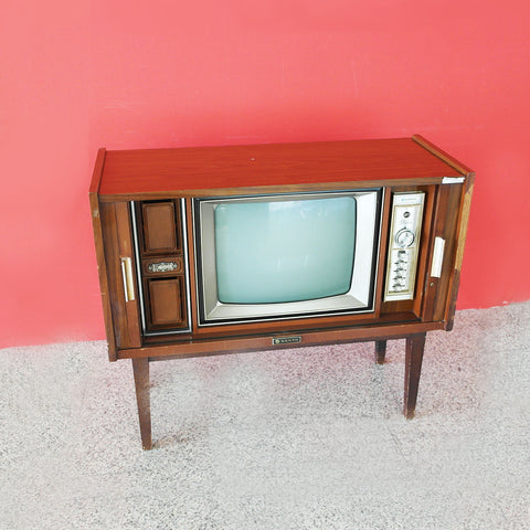 Vintage TV From RedSagaseeds