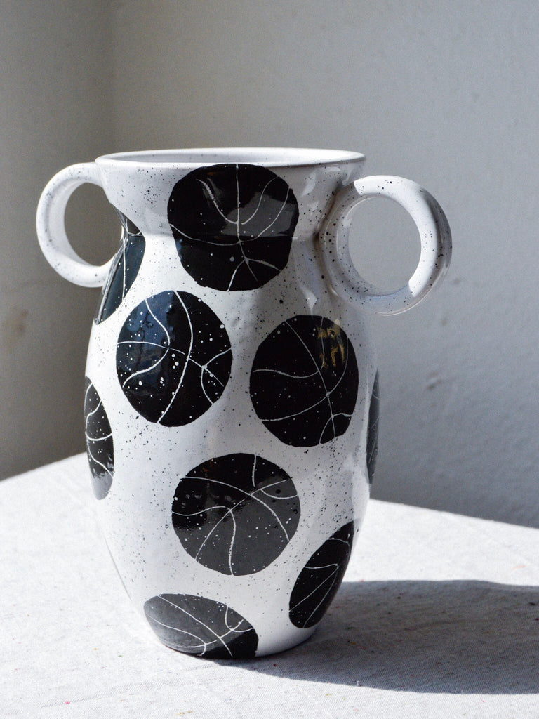 Vase With Kyrie Handles
