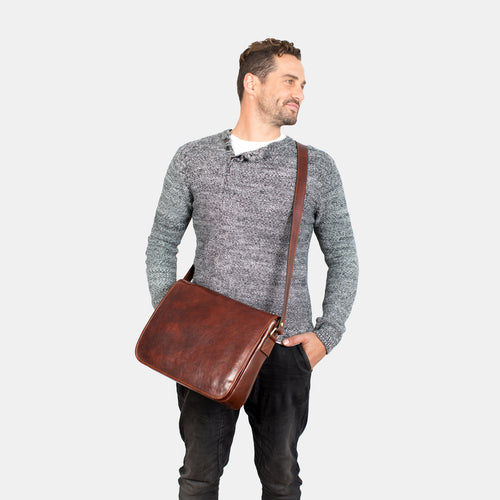 Julius  Brown - Leather Messenger single compartment