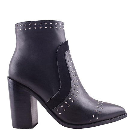 Hawk Boot Black Stud