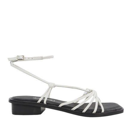 Kimmy Sandal White