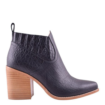 Leonardo Boot Black Elephant