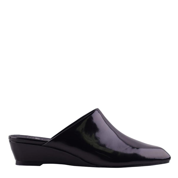 Monique Gloss Black Wedges