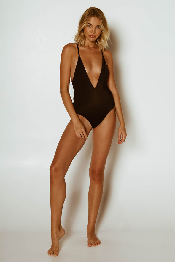 PRIYA ONE PIECE // BLACK