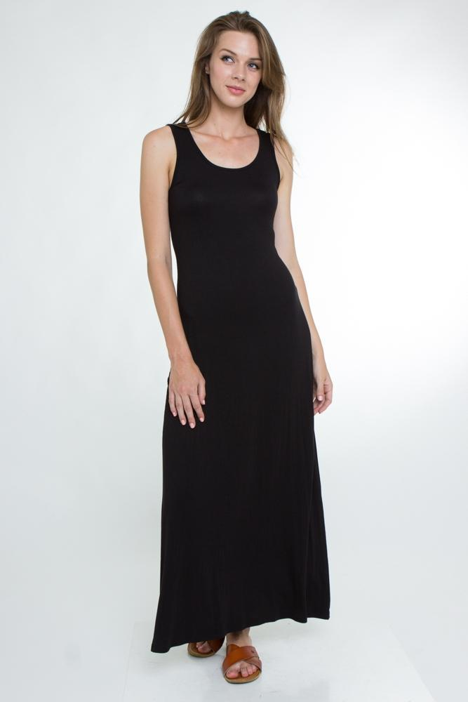 Round neck sleeveless maxi dress