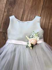 Satin and Tulle bouquet dress Champagne