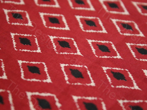 Red Kites Design Cotton Fabric