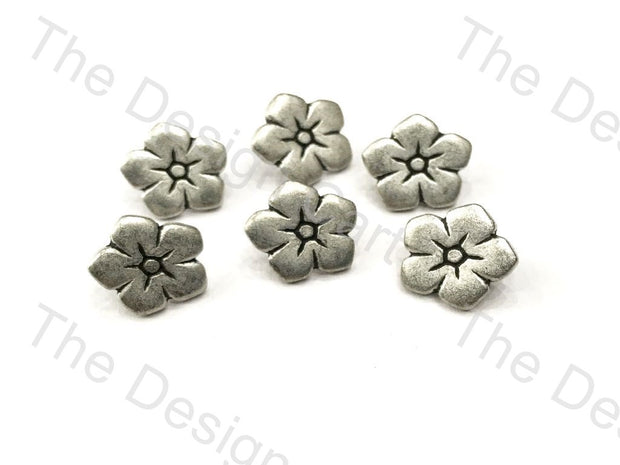 Floral Silver Round Buttons - The Design Cart