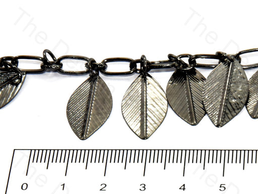 Hanging Leaf Design Silver Metal Chain