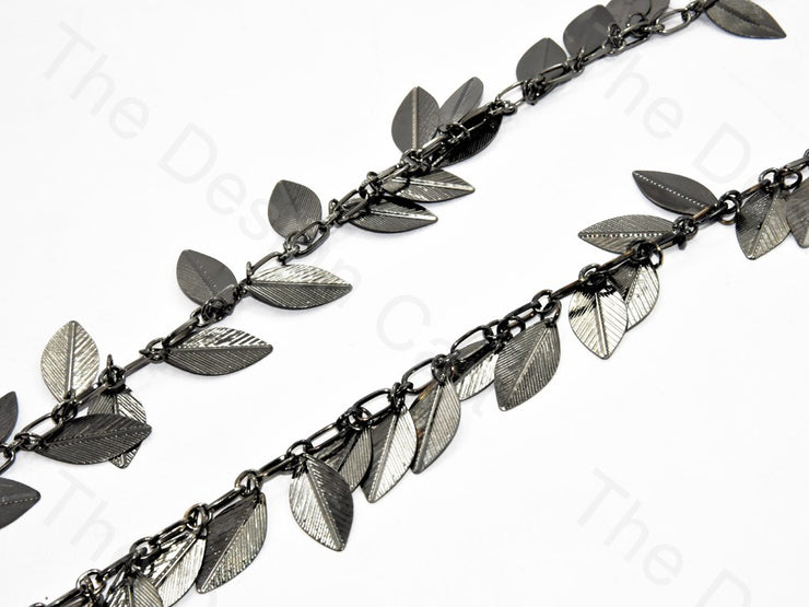 Hanging Leaf Design Silver Metal Chain | The Design Cart (560540844066)