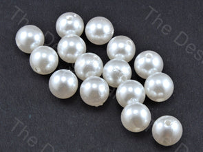 White Opaque Spherical Balls Shaped