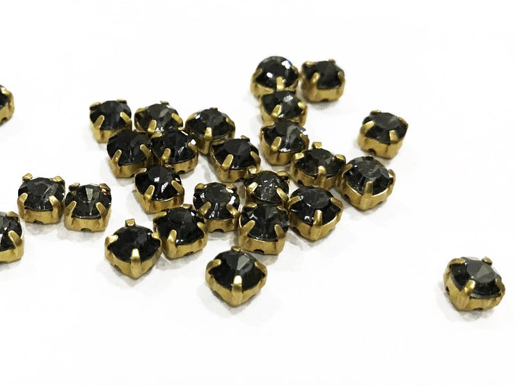 Black Circular Glass Stones with Brass Catcher (28 SS) (4541067165765)