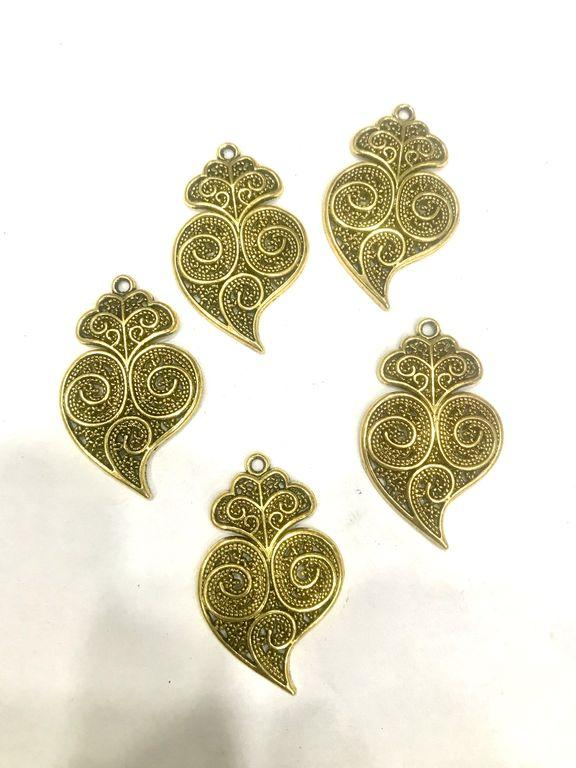 Golden Leaf Pendant (40x25 mm)