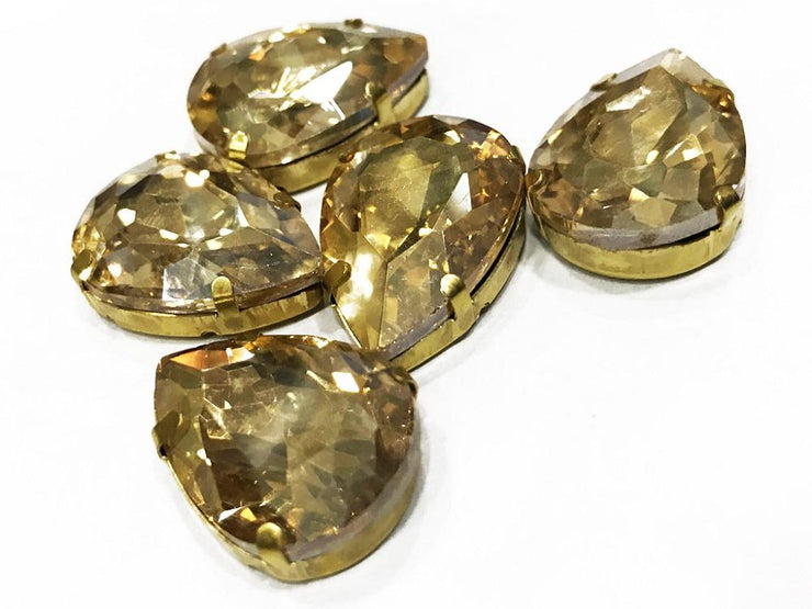 Golden Drop Glass Stone with Catcher (25x18 mm) (4537942966341)