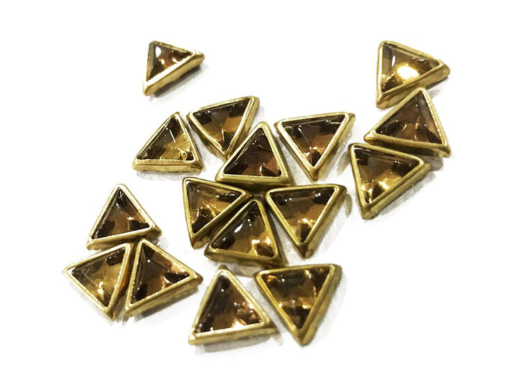Golden Opaque Triangular Kundan Stone (10x10x10 mm) (4532456390725)
