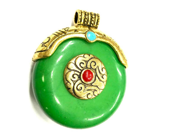 Green Circular Stone Pendant with Designer Golden Cap (40x35 mm)