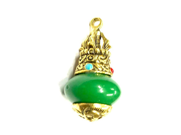 Green Round Stone Pendant with Designer Golden Cap
