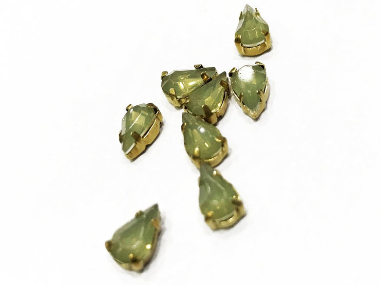 Pale Green Drop Resin Stones with Catcher (8x4 mm) (4539616526405)