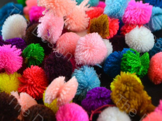 Assorted Pack of Wool Pom Poms (1532202319906)