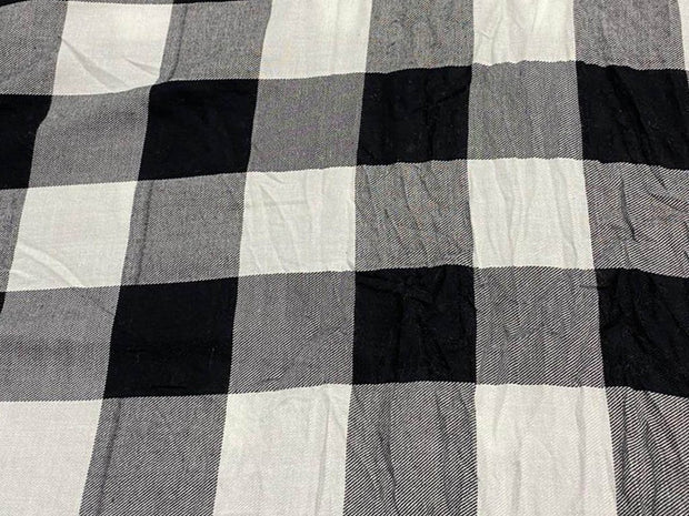White Black Yarn Dyed Checks Printed Cotton Fabric