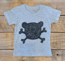 Crossbones Kids T-shirt