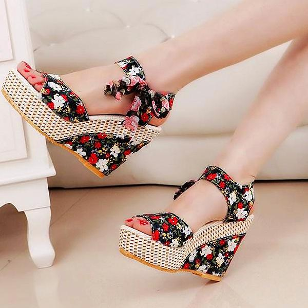 Fiona Printed Wedge