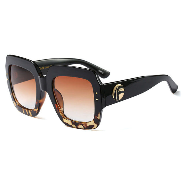 Saniyah Square Sunglass