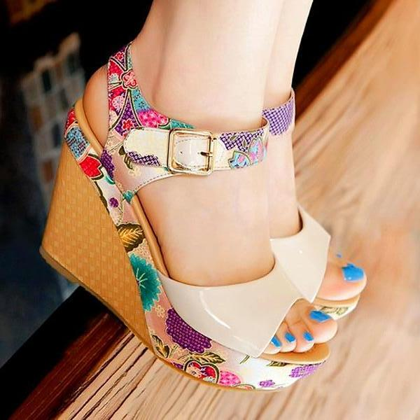 Mona Floral Wedge