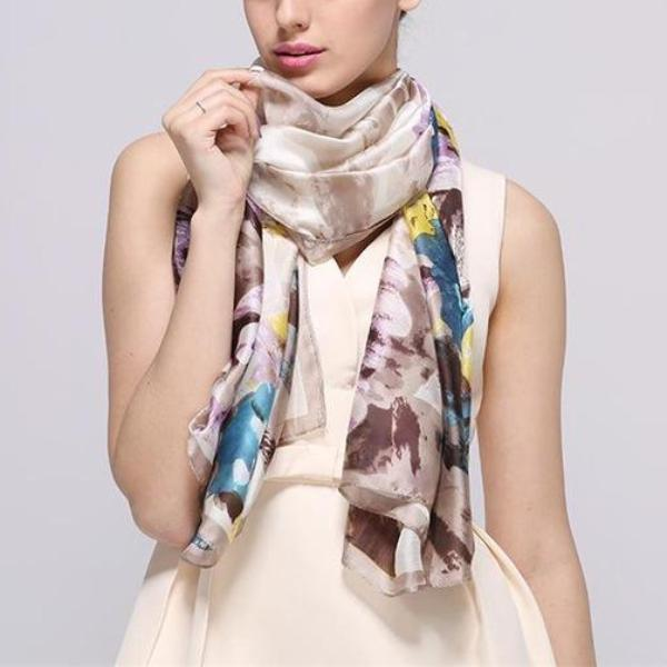 Dolly Scarf
