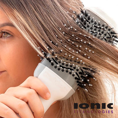 Dryer & Volumizing Multifunctional  Ionic Brush 2