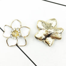 Five Petal Flowers with Diamonds