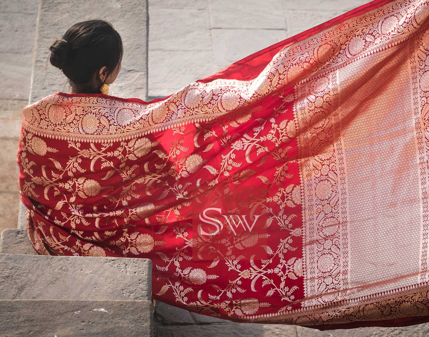 Banarasi Sarees, An Evergreen Drape For Every Wedding Function
