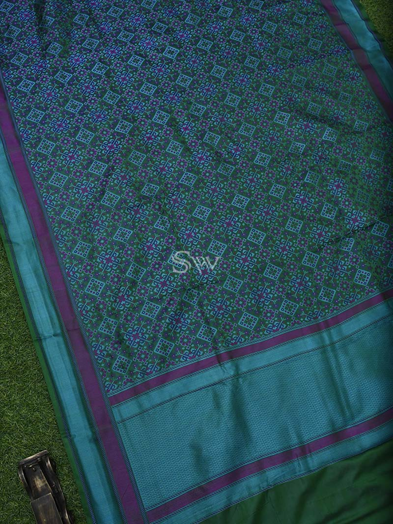 Bottle green Tanchoi Silk Handloom Banarasi Saree - Sacred Weaves