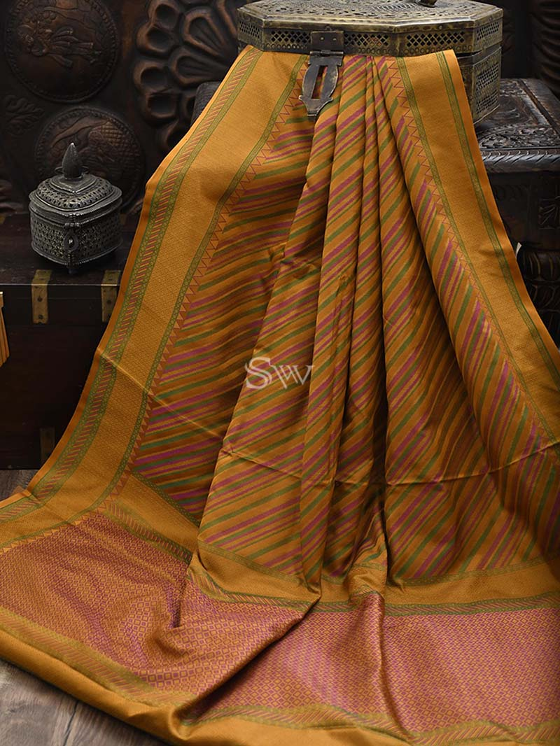 Rust Tanchoi Silk Handloom Banarasi Saree - Sacred Weaves