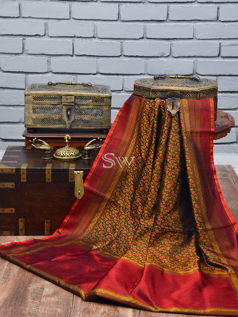 Brown Maroon Tanchoi Silk Handloom Banarasi Saree - Sacred Weaves