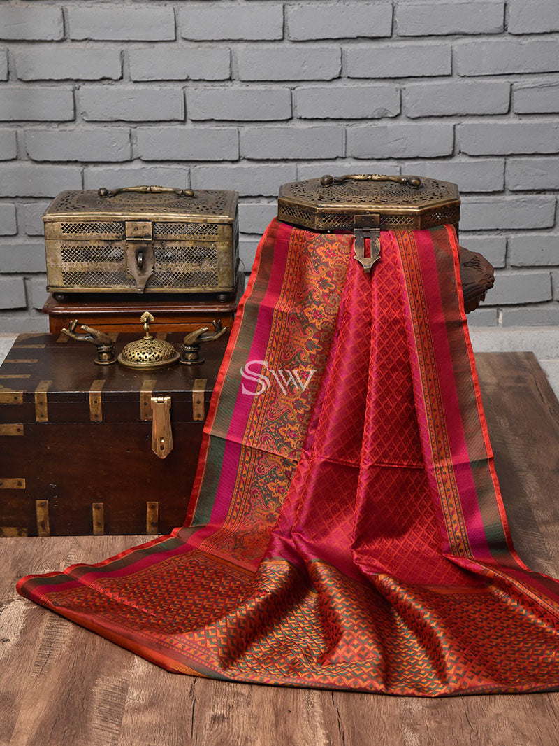 Red - Magenta Tanchoi Silk Handloom Banarasi Saree - Sacred Weaves