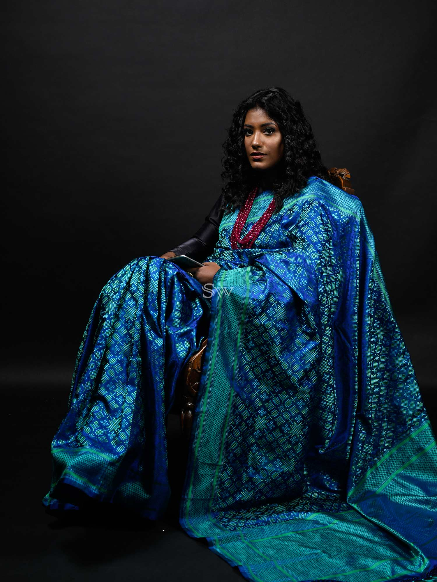 Green Blue Tanchoi Silk Handloom Banarasi Saree - Sacred Weaves