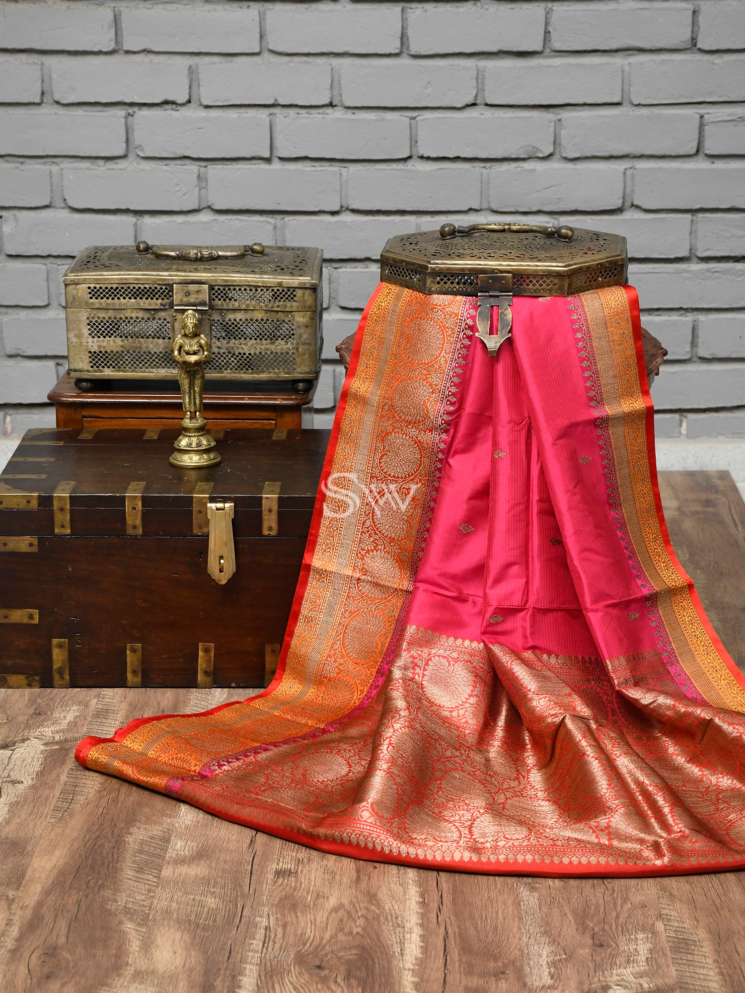 Pink Stripes Katan Silk Handloom Banarasi Saree - Sacred Weaves