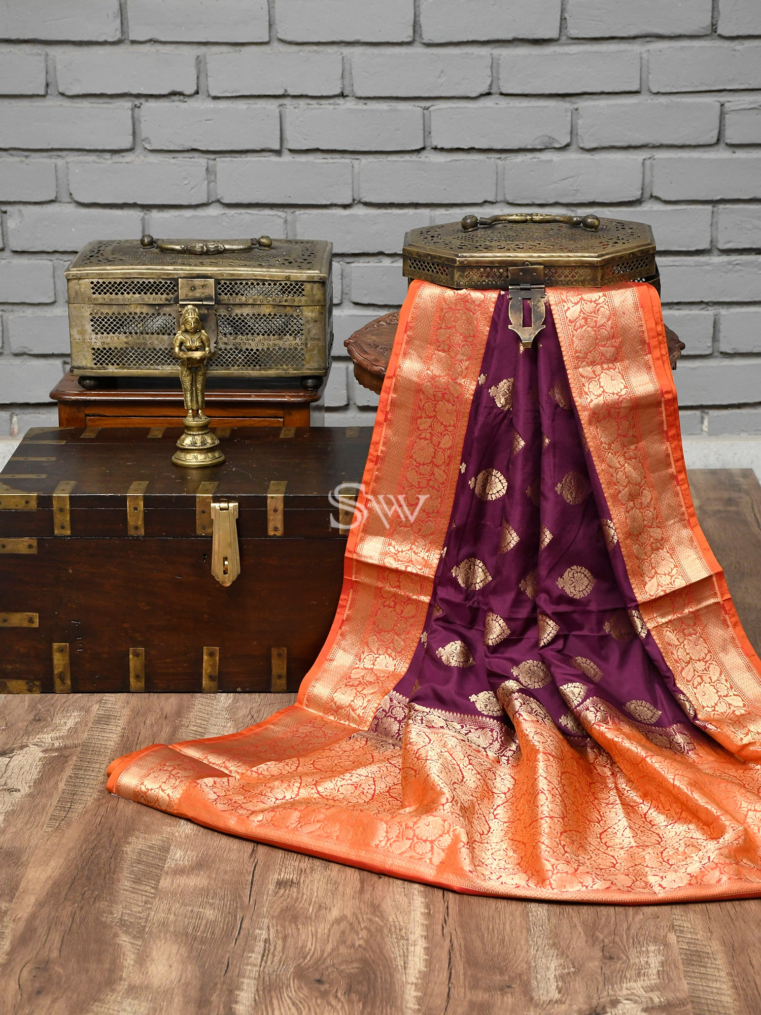 Purple Booti Katan Silk Handloom Banarasi Saree - Sacred Weaves
