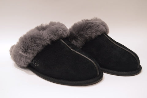 UGG Scuffette Slipper - Black/Grey