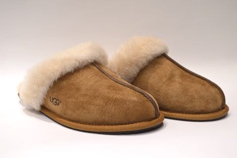 UGG Scuffette Slipper- Chestnut