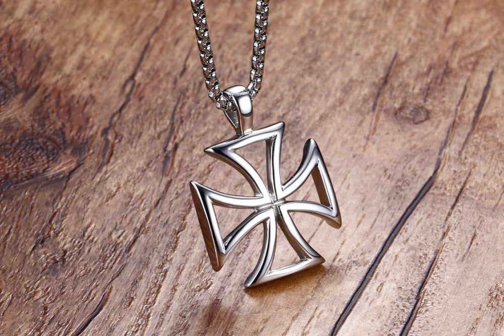 Iron cross pendant necklace knights templar cross fashion jewelry german iron cross pendant necklace aloadofball Image collections