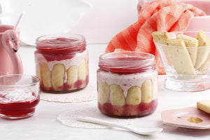 Strawberry Cream Cheese Trifle [200 ml jar]