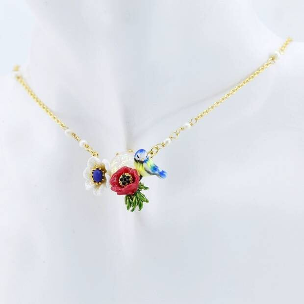 Pretty little bird necklace