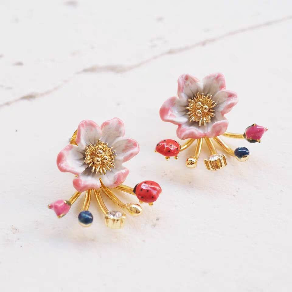 Stunning pink earrings vintage style