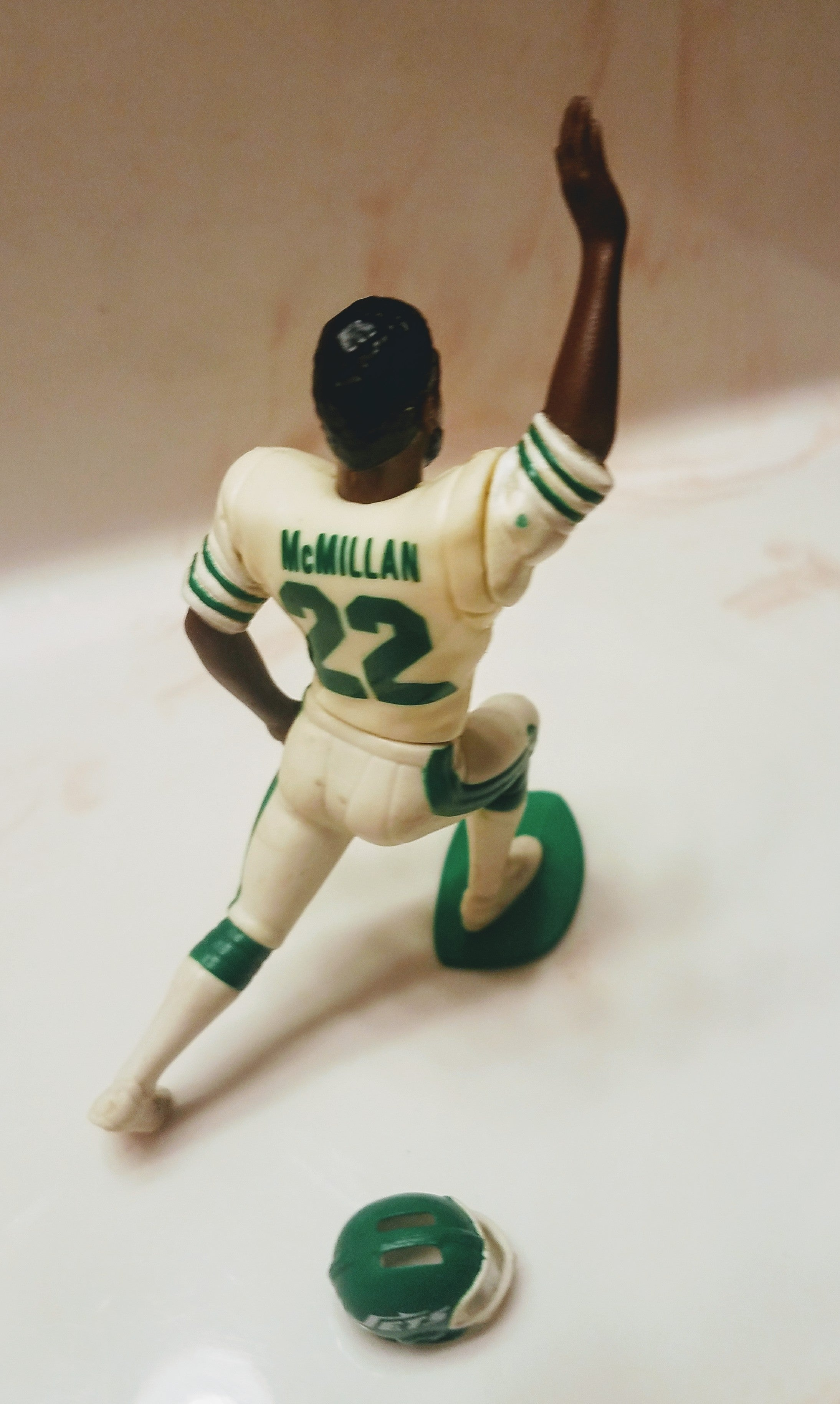 1989 Eric McMillan New York Jets Starting lineup figure  open out of package with helmet NFL