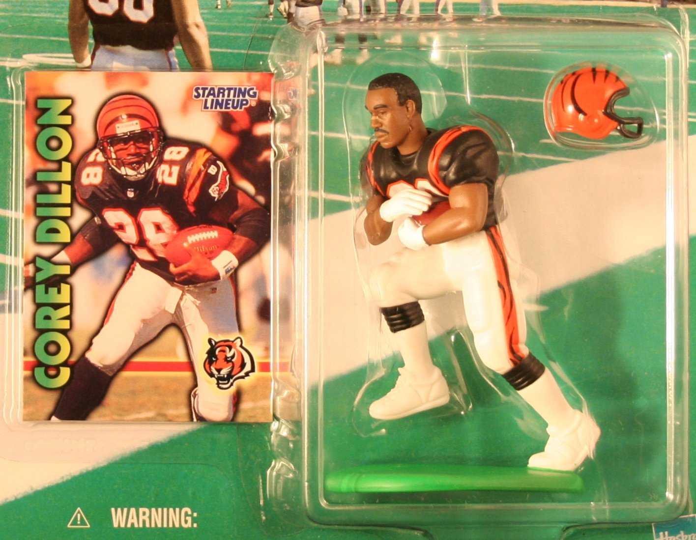 COREY DILLON / CINCINNATI BENGALS 1999-2000 NFL Starting Lineup Action Figure & Exclusive NFL Collector Trading Card